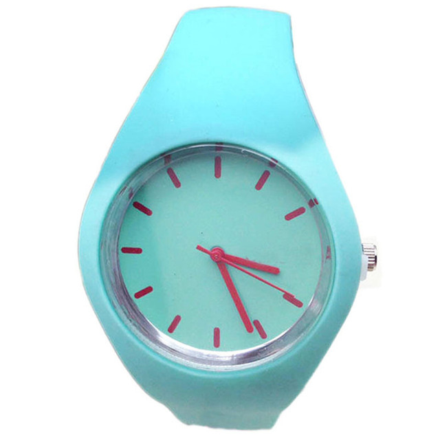 Unise Fashion montre femme Relogio Quartz Wrist Watch Geneva Silicone Candy-Colo