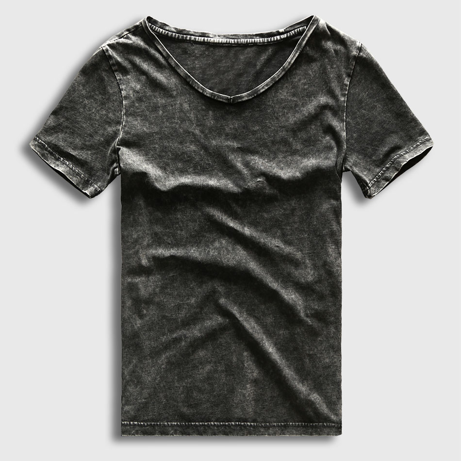 The Original Retro Brand has recreated your favorite vintage t-shirt by combining all the qualities of a great fitting t-shirt with classic logos from the past and present to create the