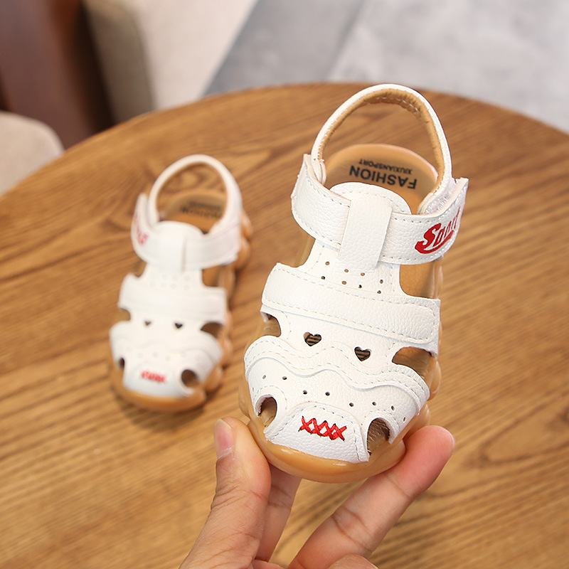 Quality Leather Sandals Boys Roman Kid Girl Sandals Summer Children Shoes Cover Toe Sport Style Beach Sandals For Toddler Boys in Sandals from Mother Kids