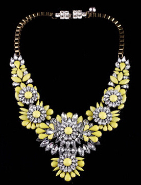 Free Shipping 2017 new fashion jewelry accessories women punk heavy flower noble luxury gem crystal multicolor necklace female