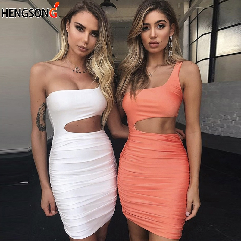 Summer One Shoulder Bodycon Women Dress 2018 New Strapless Sexy Nightclub Pleated Vestido Hollow Out Bodycon Skinny Mini Dress