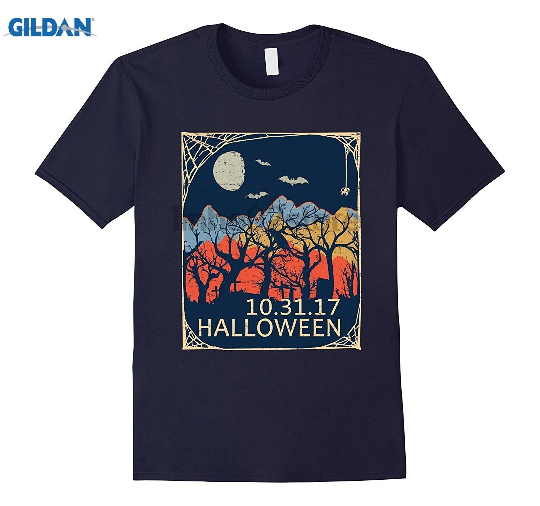 GILDAN Vintage Halloween Oct 31 Solar Eclipse 2017 Mountain Country summer dress T-shirt