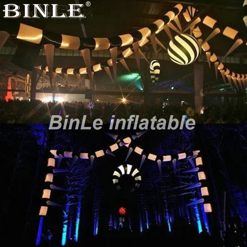 Hanging decorative black and white inflatable long pipe with changeable LED lighting for event party decorationHanging decorative black and white inflatable long pipe with changeable LED lighting for event party decoration