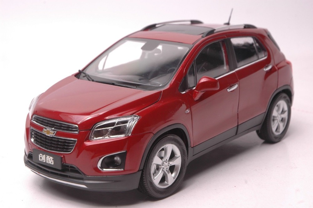 1:18 Diecast Model for GM Chevrolet Chevy TRAX Red Mini Alloy Toy Car Collection Gifts 1 18 scale red jeep wrangler willys alloy diecast model car off road vehicle model toys for children gifts collections