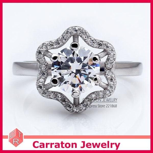 Carraton RSQD1055 High Grade CZ Diamond Splendid Big Flower Solid 925 Silver Ring
