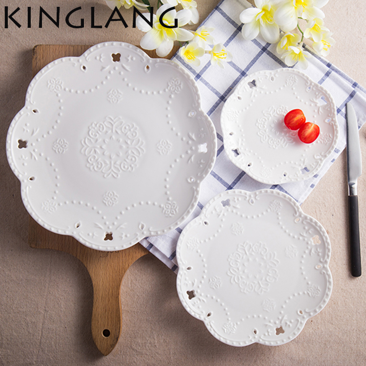 1 PCS Lace Plate Of Ceramic Tableware Western Food Steak Plate Embossed Cake Plate For Breakfast Hightea Elegant Plate Dish