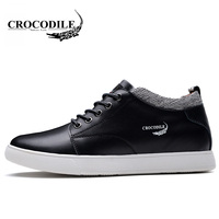 Crocodile Original 2018 New Men Skateboarding Shoes Young Male Light Jogging Sport Shoes Outdoors Flat Travel