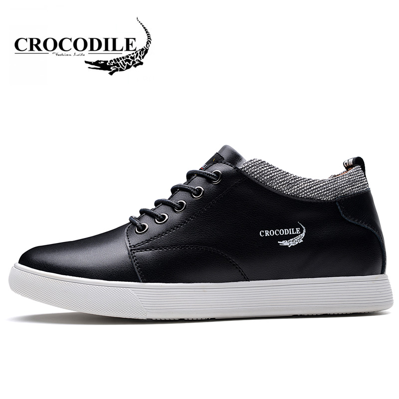 Crocodile Original 2018 New Men Skateboarding Shoes Young Male Light Jogging Sport Shoes Outdoors Flat Travel Sneaker for Mens