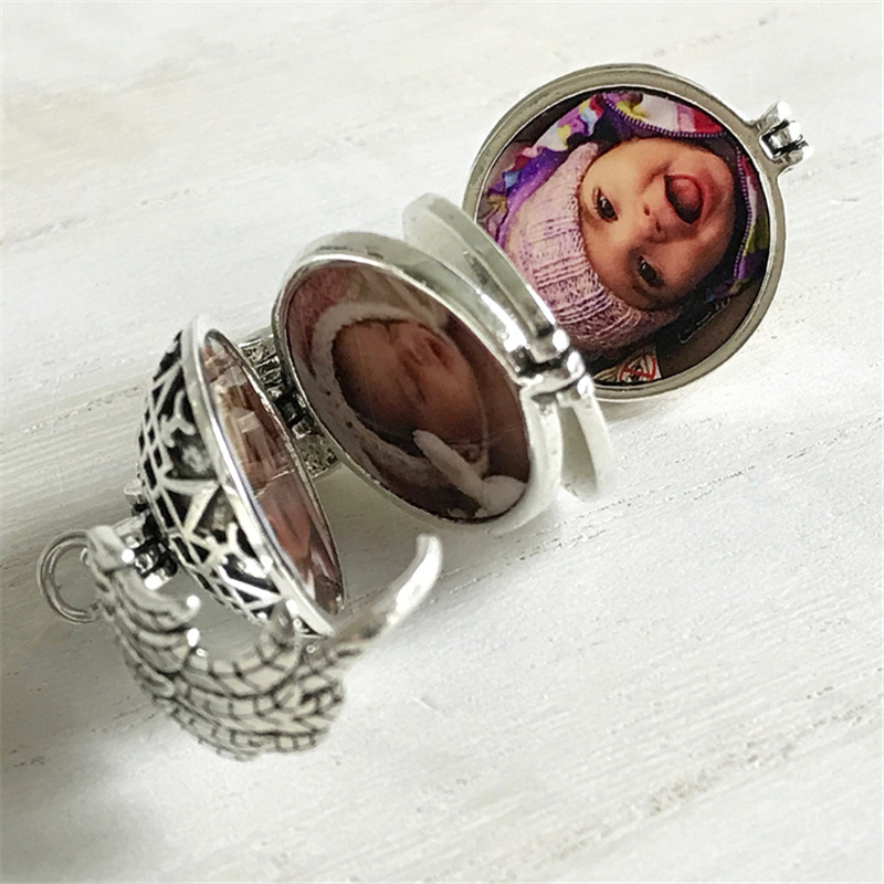Magic Expanding Photos Pendant Memorable Pendant Keyring With A Medallion Angel Wings Keyring With A Pendant Trendy Land Gift