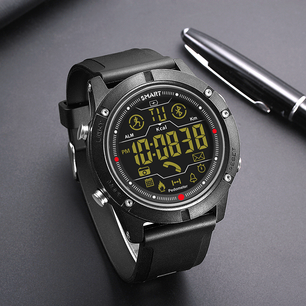 2019 new smart electronic watches outdoor sports large dial bracelet Bluetooth watch