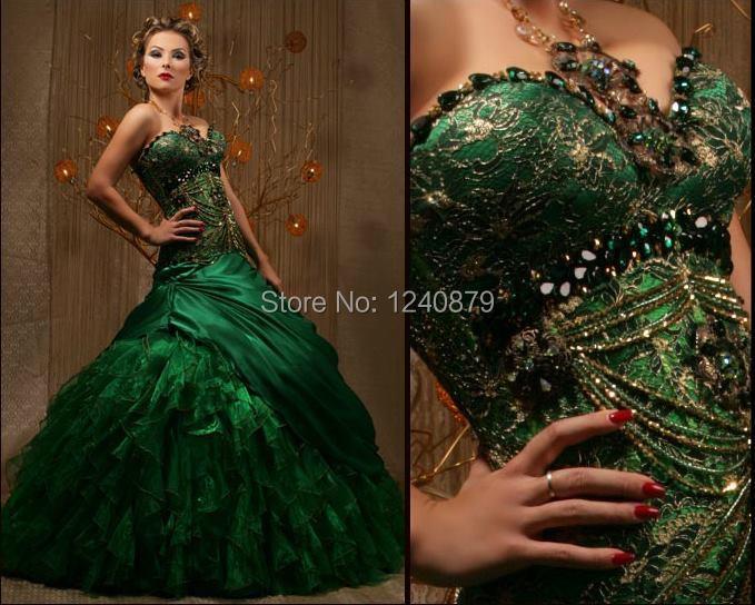 Robe de mariee vert emeraude