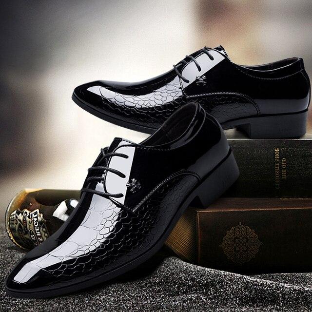 2cbe6ded9a Casamento sapatos homem de Couro de Patente preto sapatos oxford para  homens sapatos de marcas de