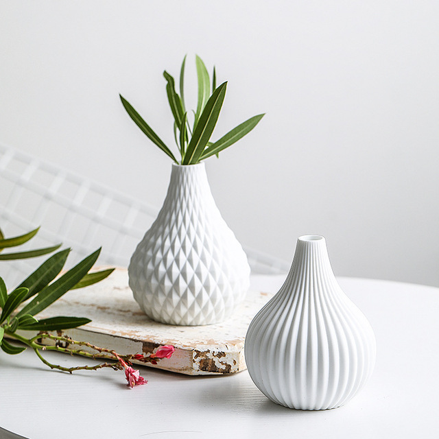 1pc White Ceramic Flower Vase Geometric Matt Vase Drop-shape Plants Hydroponic Container Home Garden Decoration 2