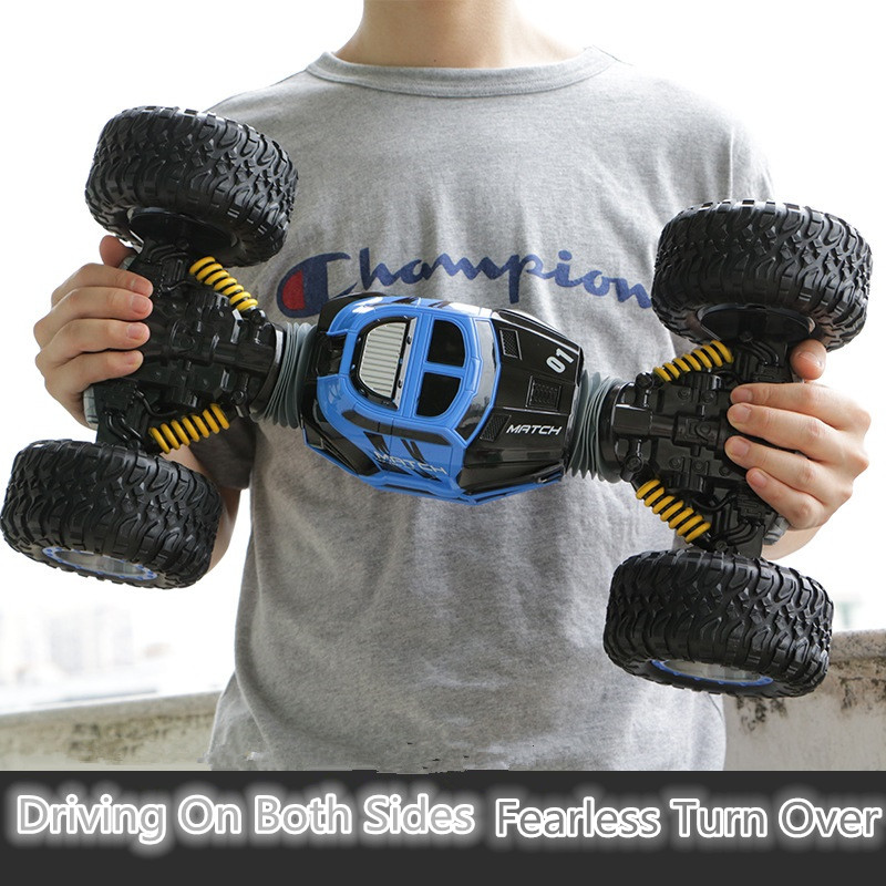 все цены на Bigfoot elctric RC car toy 2168 2.4G 1:10 49cm 20KM/H 4WD double side deformation high speed All-Terrain turn over stunt RC car