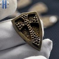 Escudo de aço fogo crusader escudo bronze embutimento volta clipe edc ferramenta acessórios diy cortador faca ferramentas