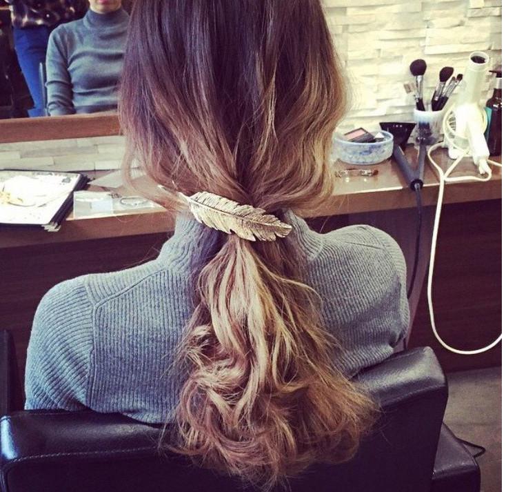 HTB1IilsLpXXXXcmXpXXq6xXFXXXI Stylish Feather Hair Clip Statement Head Jewelry For Women in 3 Colors
