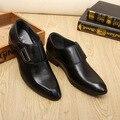 Zapatos de los hombres zapatos de vestir punta estrecha tamaño grande 37-44 sólido caucho microfibra formales los hombres de color marrón/negro zapatos de los hombres de lujo 2017 nueva
