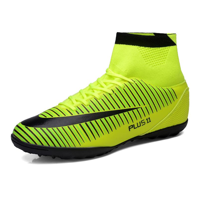 Prix pour Ibuller Plus La Taille 39-46 Hommes Intérieur Footballl Chaussures Haute Cheville de Football Crampons Avec Chaussettes Zapatillas Futbol Sala Hombres S150