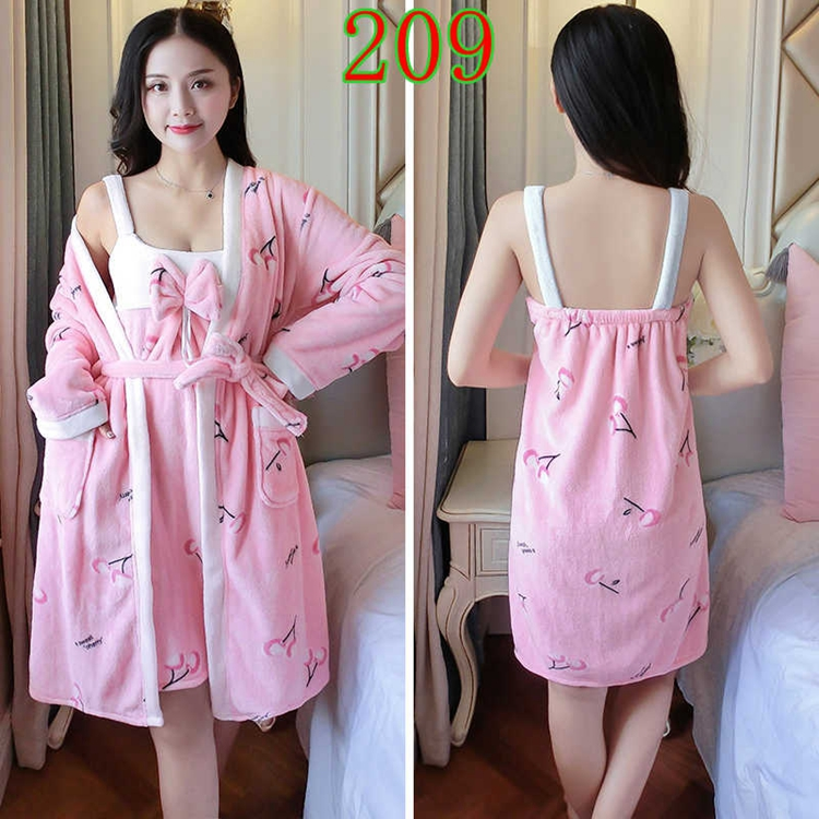 2PCS Sexy Thick Warm Flannel Robes Sets for Women 2018 Winter Coral Velvet Lingerie Night Dress Bathrobe Two Piece Set Nightgown 269