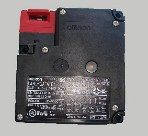 D4NL-2FFA-B, D4NL-2AFA-B4   New and original  OMRON  GUARD LOCK SAFETY-DOOR SWITCH