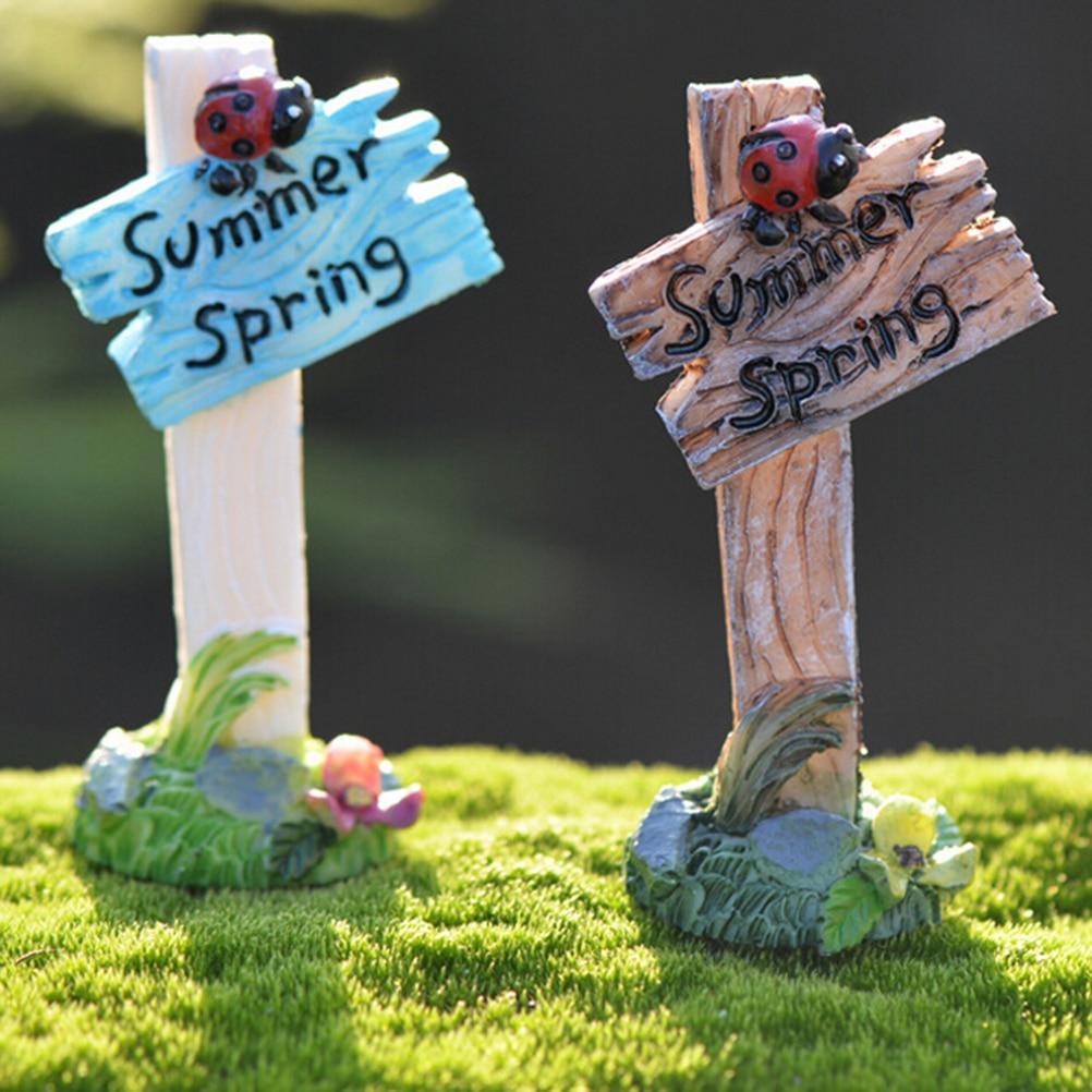 Fairy garden ornaments - 2017 1pcs Mini Ladybug Signpost Home Micro Fairy Garden Decoration Resin Crafts Statuettes Model Figurines Toys