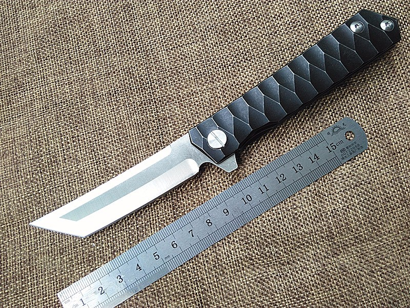 New outdoor tactical folding knife D2 blade TC4 titanium handle camping hunting survival pocket knives ball bearing hand tools hot survival knife emerson pocket folding knife 440 blade g10 handle tactical hunting knifes camping knives outdoor tools kn356
