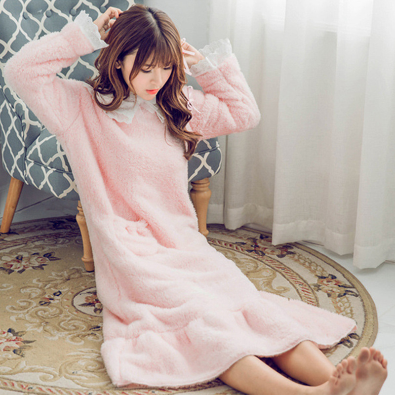 Women Sleepwear Autumn Winter Long Flannel Nightgowns Dress Long Sleeves Pullover Warm Lovely Family Sleepwear For Girl