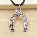 Nueva moda colgante de plata tibetana collar de herradura de caballo choker encanto cordón de cuero negro precio de fábrica hecha a mano jewlery