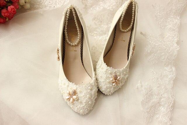 65f4e426cad801 Pure manual custom beaded flower diamond pearl wedding shoes bride wedding  photography photo high heels