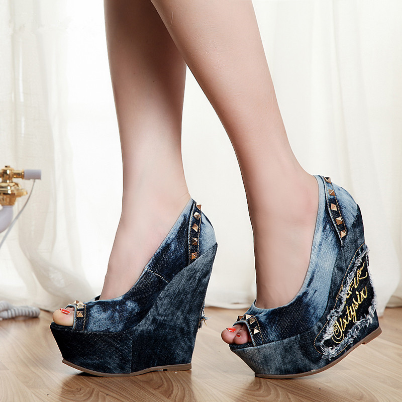 Deification Rivets Embellish Denim Gladiator Sandals Wedges High Heels Peep Toe Shoes Women Elegant Party Shoes Sapatos Mulher