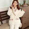 Outono E Inverno de Manga Comprida Conjuntos de Pijama Sleepwear Mulheres Pijama de Flanela Grossa Serviço Mobiliário Doméstico. camisolas Para Mulheres