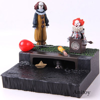 NECA Stephen King's It Pennywise Accessory Set Peel Toys Greeting From Derry Action Figure PVC Collectible Model Toy