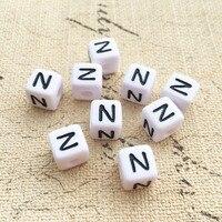 Frete Grátis Única Letra N Inicial Beads 10*10 MM Quadrado Cubo De Plástico Acrílico Letra Do Alfabeto de Contas para o Nome pulseira DIY