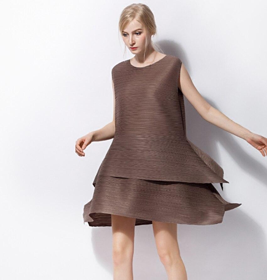 Changpleat 2018 Sommer sleeveless kuchen Kleid Miyak Plissee Fashion Design O ansatz Feste Lose Plus Größe Weibliche A linie kleid Flut-in Kleider aus Damenbekleidung bei  Gruppe 3
