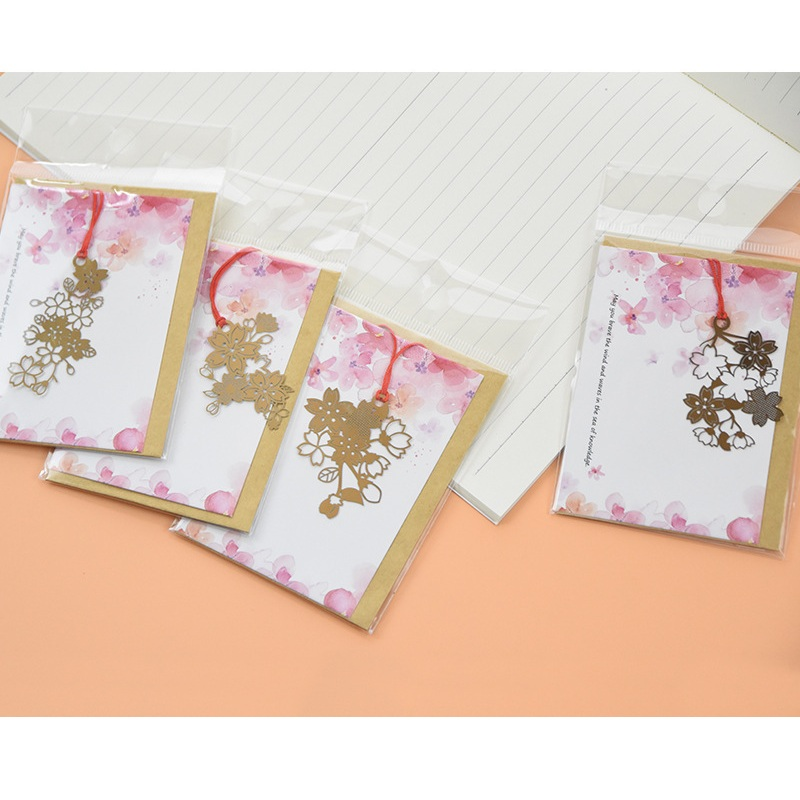 4 Pcs/Set Exquisite Cherry Blossom Sakura Series Hollow Metal Bookmark Book Holder Message Card Gift Stationery