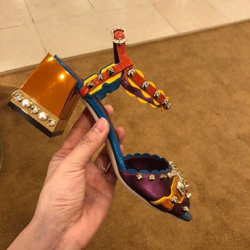 Mũi Nhọn Đinh Tán Pearled Giày Cao Gót Sandalias Mùa Hè 2018 Giày Người Phụ Nữ Size Lớn Thiết Kế Võ Sĩ Giác Đấu Giày Sandal Nữ Bơm Sapatos Mujer