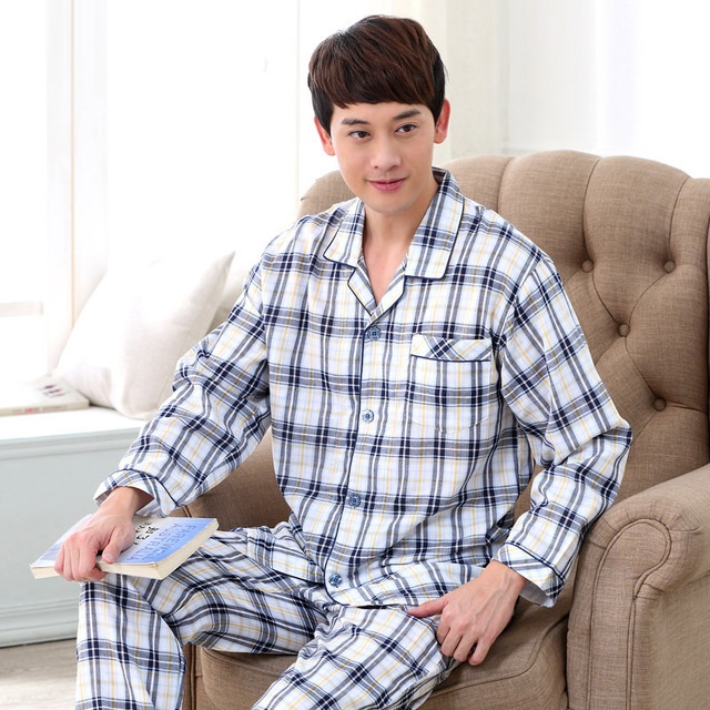 2016 Autumn and Winter High Quality men's classic cotton plaid turn-down collar elastic waist sleepwear Homewear set 043