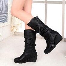 النساء منتصف العجل أحذية الشتاء حذاء الثلج عالي الرقبة دافئ مقاوم للماء بولي Leather الجلود 6 سنتيمتر أحذية عالية الكعب امرأة منصة أسافين السيدات الزواحف