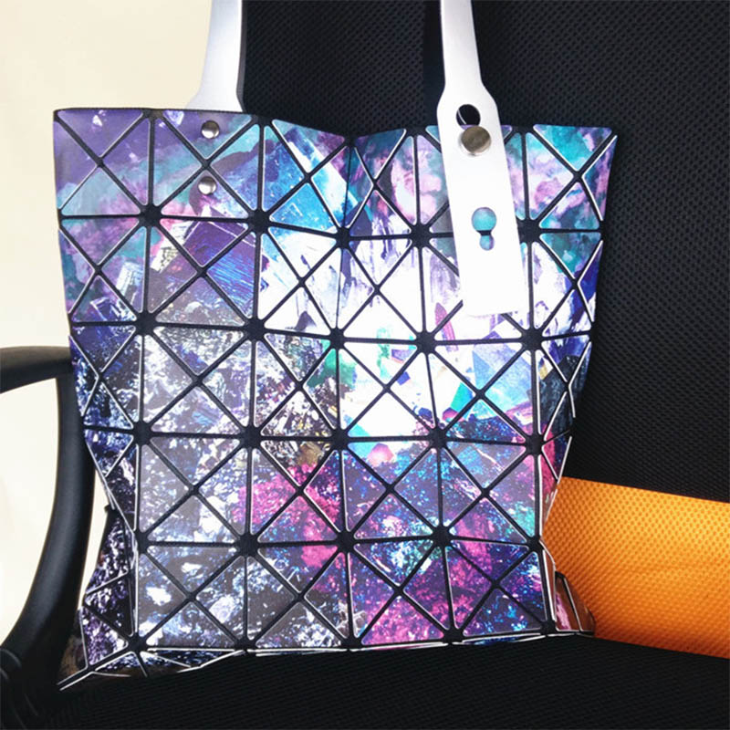3d5a9838f7 Dropwow 2017 Fashion Ladies Folded Geometric Plaid Bag Women Laser ...