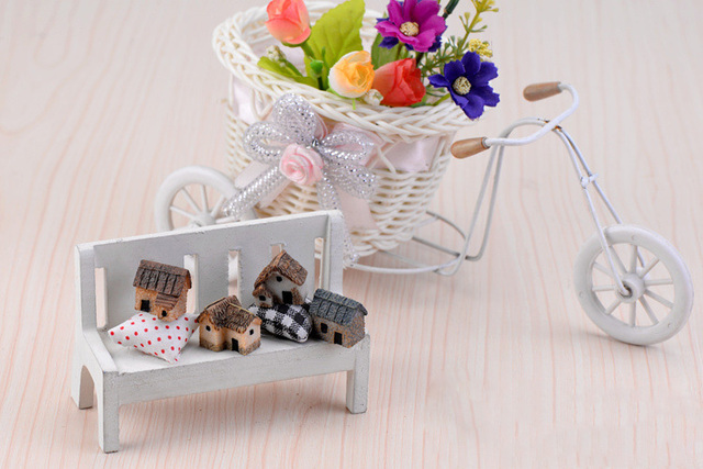 House Figurine resin craft home decor miniature fairy garden Car decoration accessories modern Cartoon Animal Building statue 6