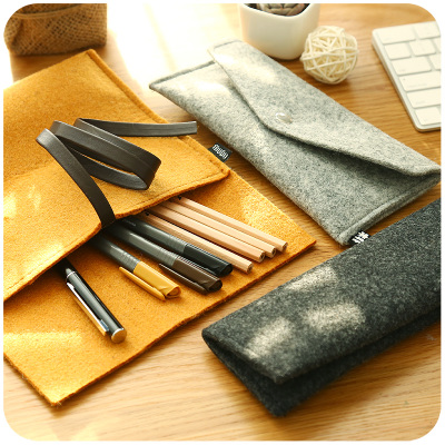 Brief Fashion Simple Pencil Bag Felted Wool Fabric Roll Pencil Case Multifunction Wrap Roll Up Case For Pens striped wrap pencil bag