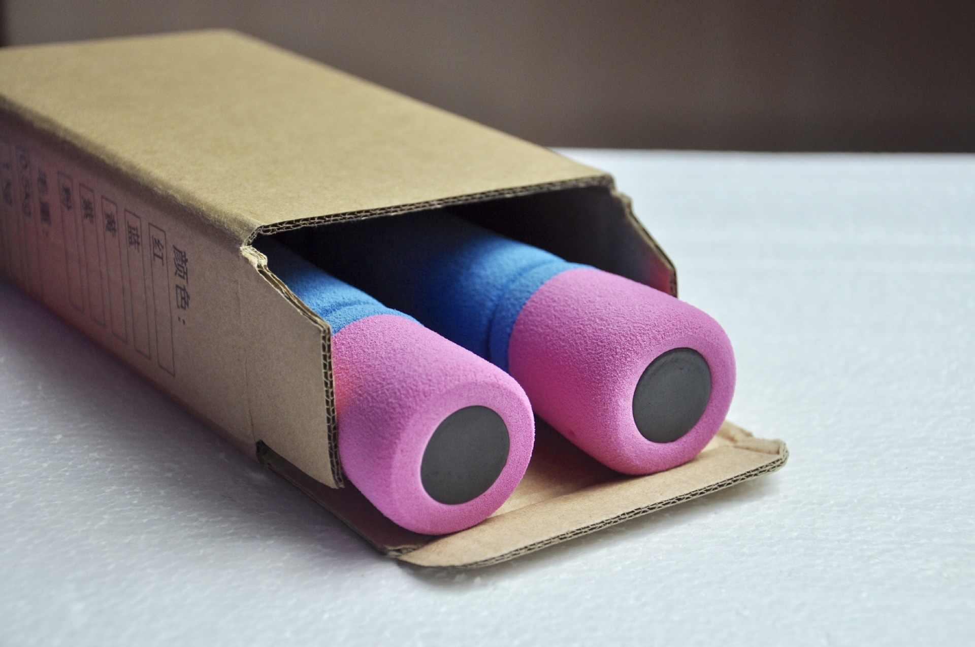 1 piezas 0,5 kg capa exterior es de esponja de hierro fundido damas Fitness mancuernas equipo portátil ejercicio viajes al aire libre con mancuernas