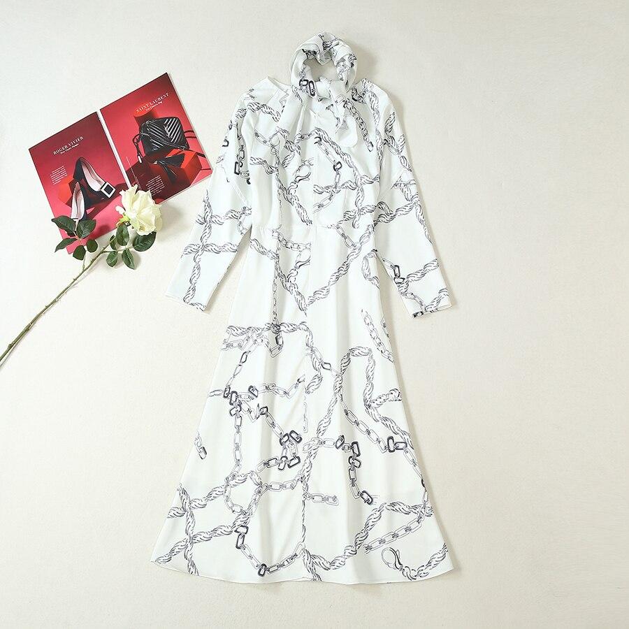 Kadın Giyim'ten Elbiseler'de VERDEJULIAY Pist Bodycon Elbiseler Kadın 2019 Moda Yaz Sonbahar Eşarp Avrupa Zincir Baskı Vintage uzun elbise Vestidos'da  Grup 1