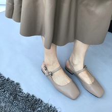 basic pumps woman shoes Retro leather comfortable square sandals Slingbacks Square heel Toe Casual mary jane