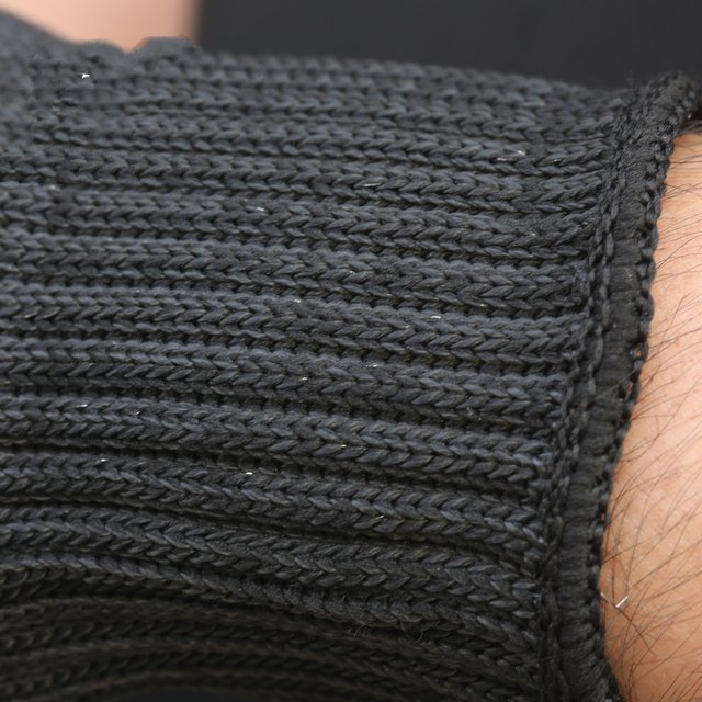 Wire, cut-resistant armband thickened anti- cut knife stab- proof anti-scratch glass wrist armband self-defense products 5