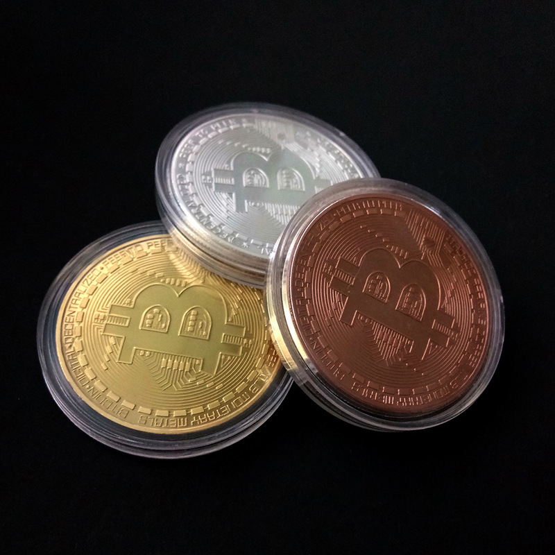 Gold Plated Physical Bitcoins Casascius Bit Coin BTC With Case Gift Physical Metal Antique Imitation BTC Coin Art Collection 1pc in Non currency Coins from Home Garden