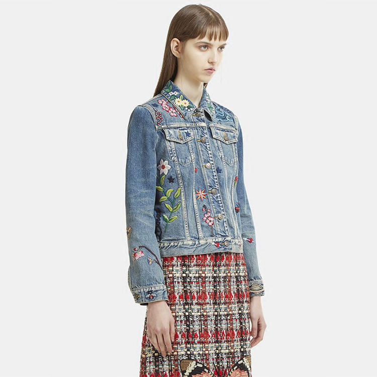 Urumbassa вышивка джинсовые Куртки Новый 2018 Весна посадочных полосах женщин Куртки пальто Модные Длинные рукава джинсовая куртка S238