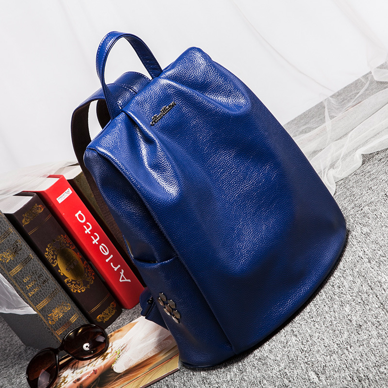 ZKW 2019 New Explosion Leisure Large Capacity Soft Backpack Genuine leather Women 39 s Fashion Beautiful Travel Big Bag in Backpacks from Luggage amp Bags