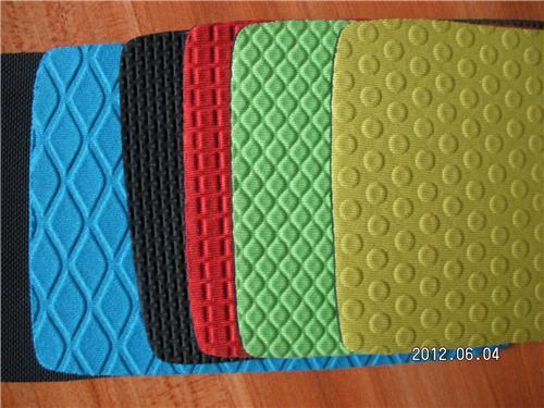 Geperforeerde Rubber Mat.Multifunctioneel Geperforeerde Rubber Neopreen Relief Ingeslagen