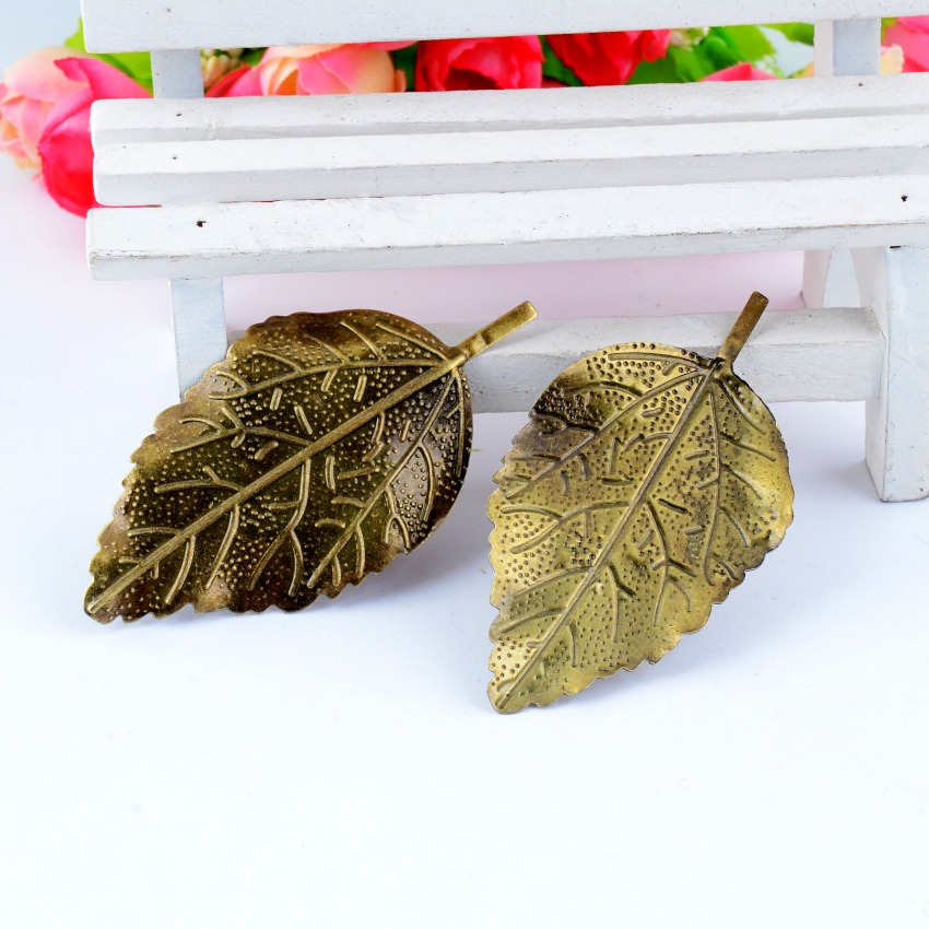 Free Shipping 5Pcs Antique Bronze Filigree Leaf Connectors Embellishments Metal Crafts Decoration DIY Findings 6.6x3.3cm F0441